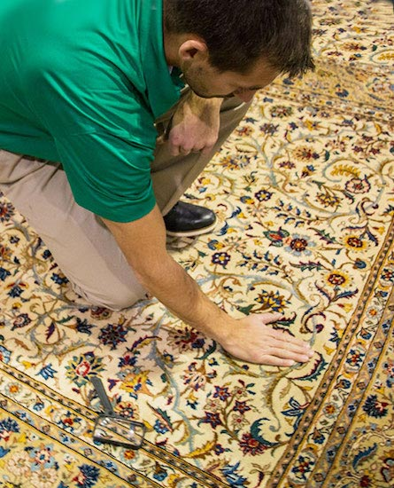 area rug cleaner checking the carpet in temecula ca